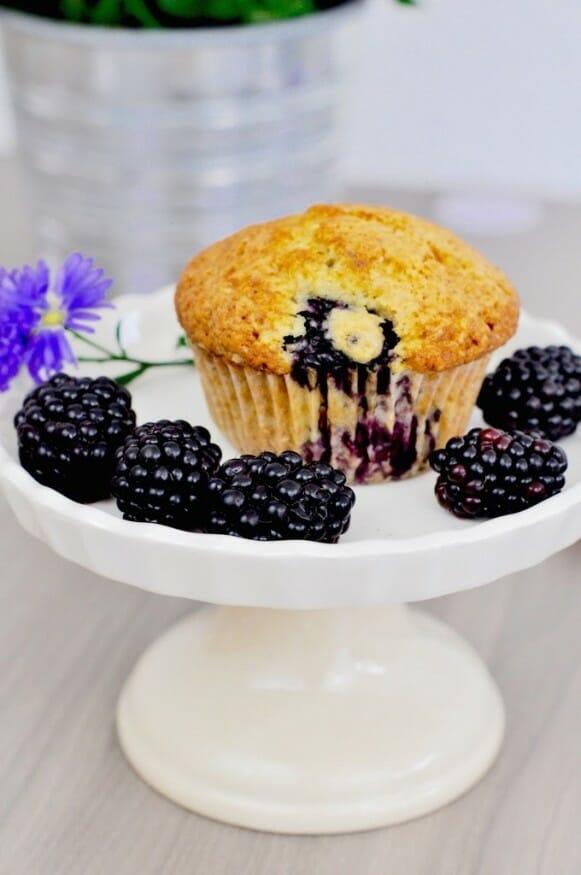 Muffin mit Brombeere