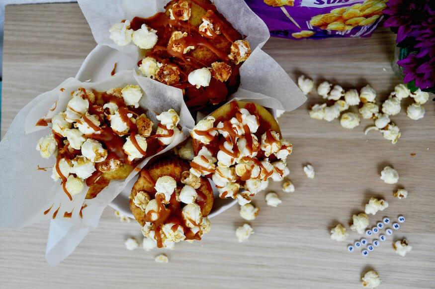 Knusprige Popcorn Muffins mit Karamell