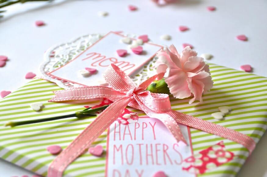 Geschenke verpacken zum Muttertag